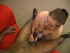 WHITE BBW GETS BBC. CRAWL TO COCK Thumb