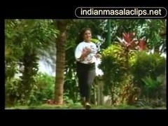 Amudha Indian Actress Hot Video [indianmasalaclips.net] Thumb