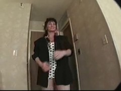 Cock-loving mature is being pounded in her little hole Thumb