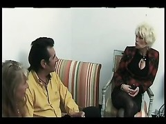 FRENCH BISSEX 2 matures mummy  mom and a ass fucking bissex Thumb