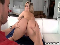 An awesome short-haired blonde is giving a good head Thumb
