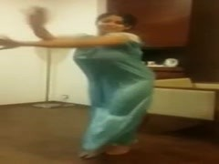 Indian Girl Dancing... Thumb