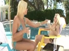 Blonde MILF Seduces Stepdaughter xXx Thumb