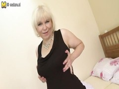 kinky old lady spurting with her old vagina Thumb