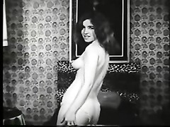 Vintage stunner With A furry pussy Thumb
