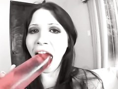 Rebeca Linares penetrate my mouth Thumb