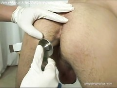 Doctor and his patient Chad acquire hook-up Thumb