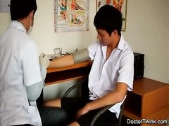 deep-throating lad doctor Thumb