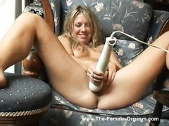 climax! A comprehensive compilation of girls actually jizzing. Thumb