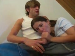 Fucking a pretty teen in her bed Thumb