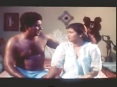 Southindian Mallu B Grade huge-chested Actress lovely OIL massage Thumb