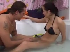 Bikini girl in hot tub ends up wet and fucked Thumb