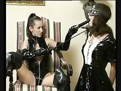 submissive chicks Thumb