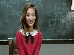 My modern lady Alina Li and her favorable Job-by PACKMANS Thumb