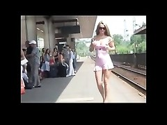 wild damsel Flashing At Railway status BVR Thumb