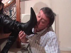 Faceful of black pussy for older white gent Thumb