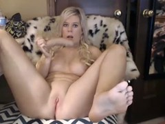 Barefoot busty webcam girl huge squirt Thumb