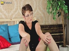 nasty conventional mom and her perfect pussy Thumb
