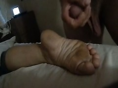 Another foot spunk .  size five  feet Thumb