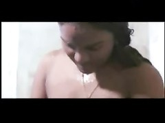 Mallu B Grade Actress Nude Bathing scene Thumb