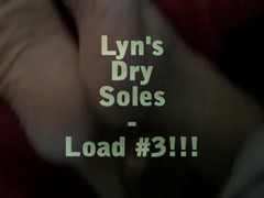 Lyn's Dry Wrinkly Soles - her 3rd cum-load! Thumb