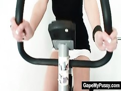 huge-titted stunner Rita pervy pussy gaping in the gym Thumb