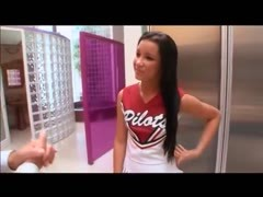 Cheerleader and old man bang in bed Thumb