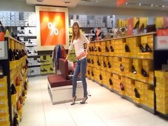 German Daria queen of high heels shopping 1 Thumb