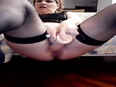 Italian granny spunk  in slit with large fake penis Thumb