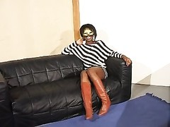 French slow dim girl Masked Thumb