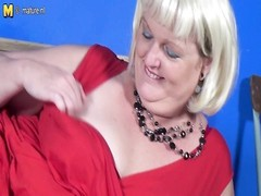 Dutch dilapidated BBW likes  riding her rubber toy Thumb