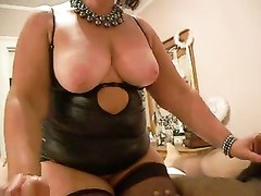 Canadian cougar anne plays with schlongs Thumb