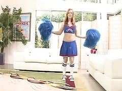 Cheerleader pulverizes and gets a Creampie Thumb