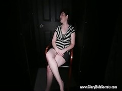 Gloryhole Secrets BBW Simone deep-throats chisel at the gloryhole Thumb