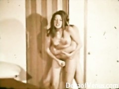 Vintage XXX - John Holmes plows hairy Brunette chick Thumb