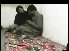 Pakistani lovers Caught tearing up Thumb