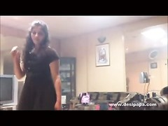 indian hookup stunner dancing on stunning song Thumb