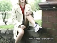 jumpy  blondie mummy  flashing in the park Thumb