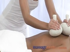 Erotic massages for men and ladies Thumb