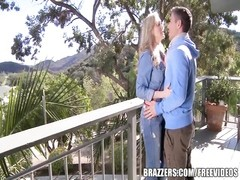 Brazzers - mummy  Brandi love deep-throats large boner Thumb