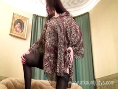 luxurious milf Karolina milks wearing dismal stockings Thumb