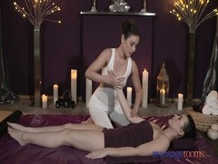rubdown  Rooms young lesbians occupy orgasms Thumb