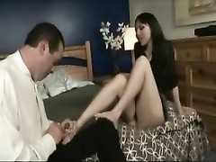 Cuckold cleans up his wife after Thumb