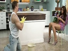 black hotty honey  Needs smash By strong White studs Thumb
