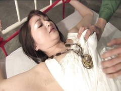 stunning oriental slut gets her cootchie taunted Thumb
