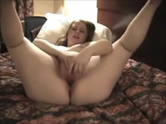 Fat ass GF puts on hotel room solo show Thumb