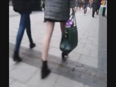 Sexy legs and arse compilation - in the street Thumb