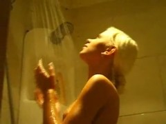 Teen blonde under the shower 2 Thumb