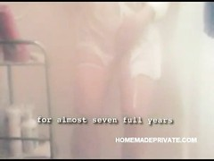 Homemade hook-up  tape of a insane  blondy housewife deep-throating and penetrating Thumb
