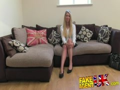 FakeAgentUK Stunning blonde gets bus fare home Thumb